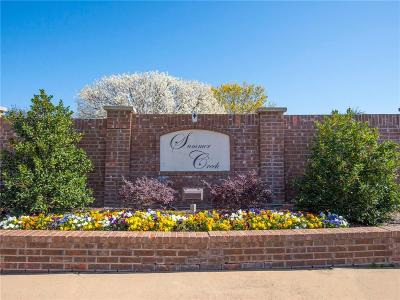 Tarrant County Single Family Home Active Contingent: 8113 Sunscape Court