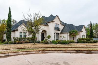 Hurst Single Family Home For Sale: 709 Charles Court