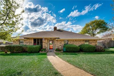 Rockwall Single Family Home For Sale: 908 Village Green Drive