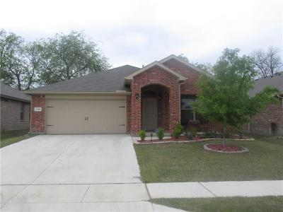 Fort Worth Single Family Home For Sale: 7316 Littleton Way