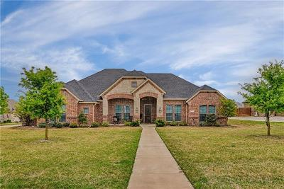 Waxahachie Single Family Home Active Kick Out: 8240 Glenwick Drive
