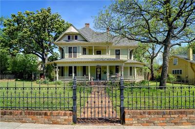 Denton Single Family Home For Sale: 1004 W Oak Street