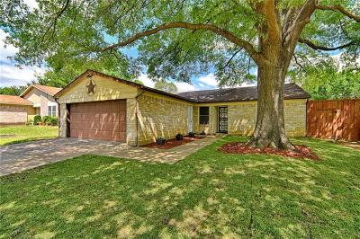 Arlington Single Family Home For Sale: 301 Hallmark Drive