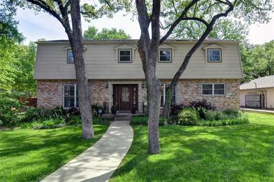 Irving Single Family Home Active Contingent: 1608 Canyon Oaks Drive