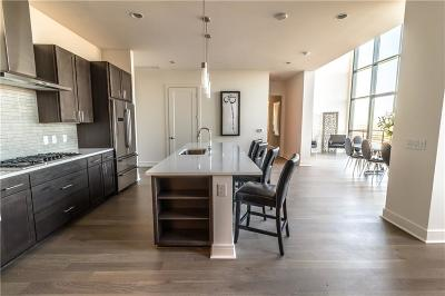 Dallas  Residential Lease For Lease: 3201 McKinney Avenue #2002