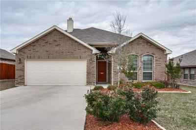 Azle Single Family Home For Sale: 505 Jr Stoff Drive