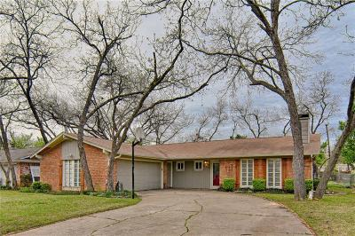 Arlington Single Family Home For Sale: 1904 Nueces Trail