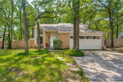 Azle Single Family Home For Sale: 404 Larchmont Way
