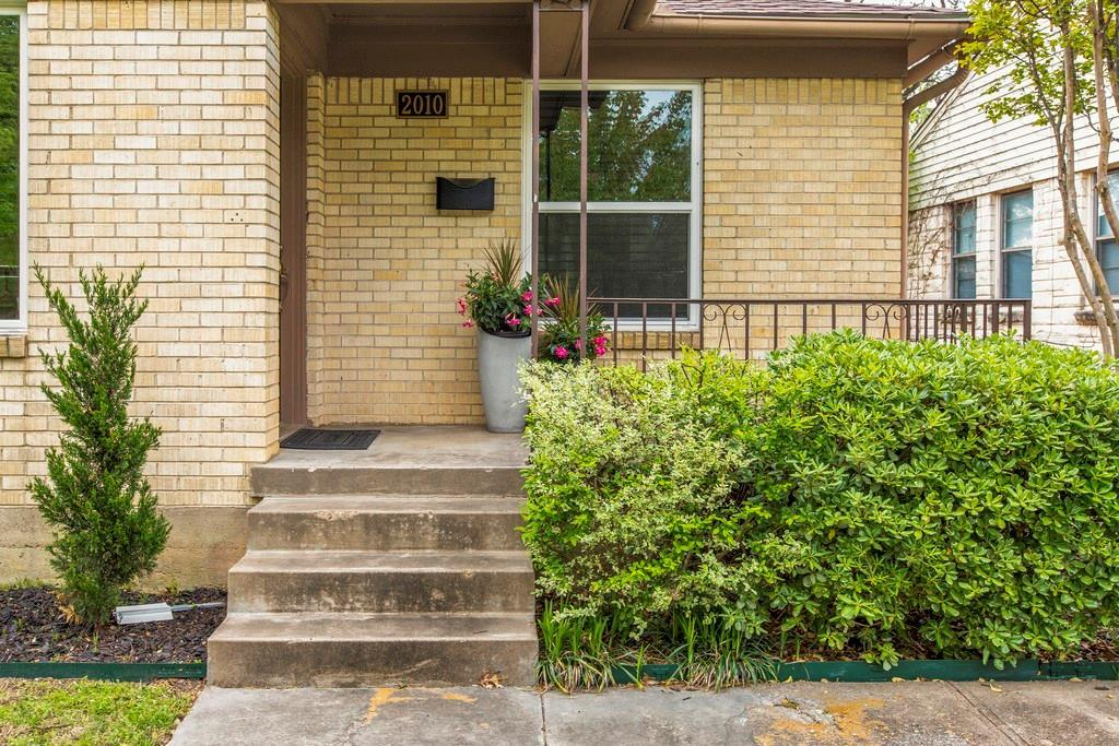 listing 2010 elmwood boulevard dallas tx mls 13810967 dallas