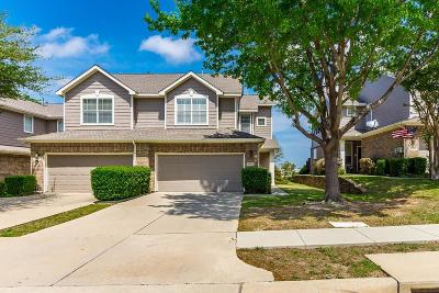Plano Townhouse Active Option Contract: 3025 Rolling Meadow Drive