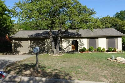 North Richland Hills Residential Lease For Lease: 7020 Crabtree Lane