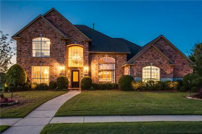 Keller Single Family Home For Sale: 821 Clearwater Lane