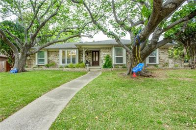 Dallas Single Family Home For Sale: 9352 Briarhurst Drive