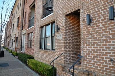 Dallas Townhouse For Sale: 643 Cesar Chavez