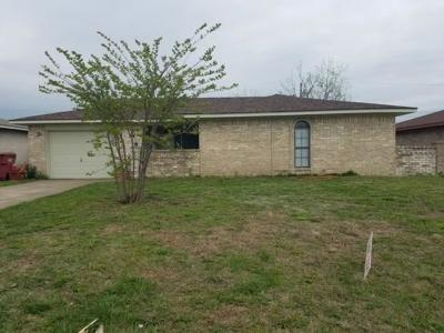 Royse City, Union Valley Single Family Home Active Option Contract: 820 Oak Grove Lane