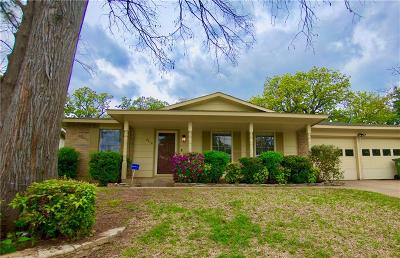 Arlington Single Family Home For Sale: 2710 Jewell Drive