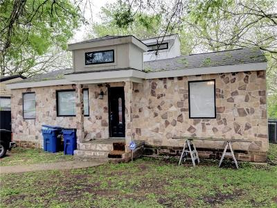 Rockwall Single Family Home For Sale: 611 S Fannin Street