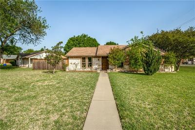 Garland Single Family Home For Sale: 301 Valley Cove Drive