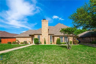 Bedford Single Family Home For Sale: 2428 Spring Valley Drive