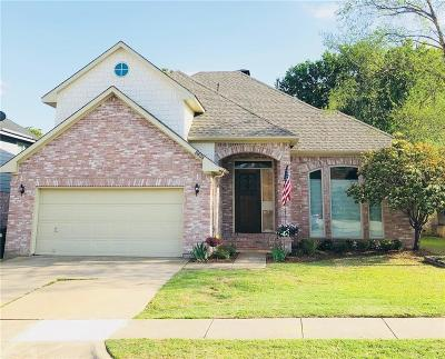 North Richland Hills Single Family Home For Sale: 6808 Greenleaf Drive