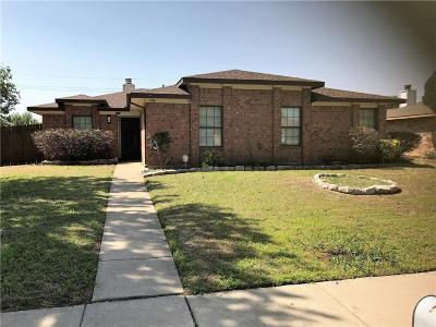 Lewisville Single Family Home For Sale: 1718 Belltower Place