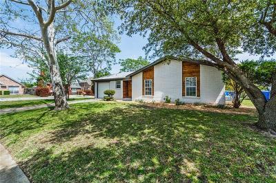 Rowlett Single Family Home For Sale: 3830 Lisa Drive