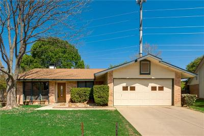 Bedford Single Family Home For Sale: 3117 Redwood Street