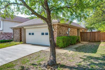 Lewisville Single Family Home For Sale: 1312 Azalia Bend