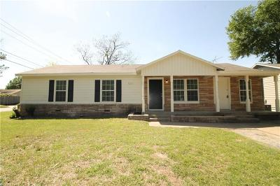 Hurst Single Family Home For Sale: 501 Norwood Drive