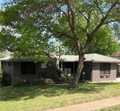Sherman Single Family Home For Sale: 637 Kessler Boulevard