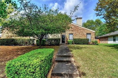 Sherman Single Family Home For Sale: 2002 Oak Creek Circle