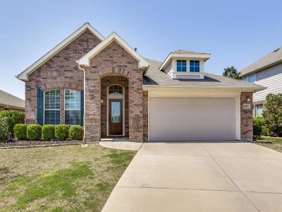 Fort Worth Single Family Home For Sale: 15657 Yarberry Drive