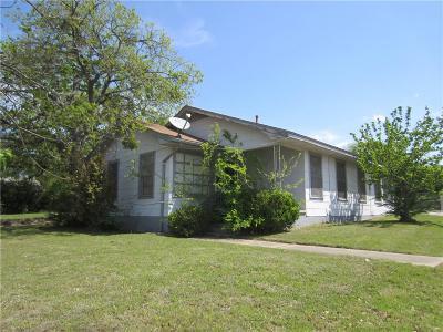 Denton Single Family Home For Sale: 400 N Bonnie Brae Street