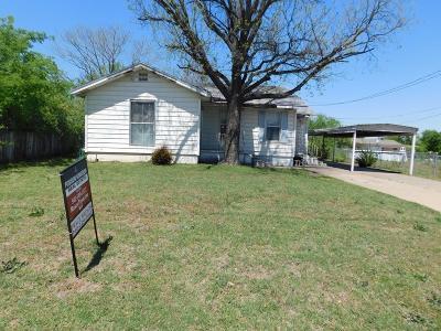 Jacksboro Single Family Home For Sale: 307 E College