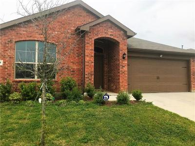 Fort Worth Single Family Home For Sale: 2713 Adams Fall Lane