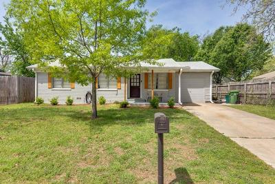 Bedford, Euless, Hurst Single Family Home For Sale: 321 Anderson Drive