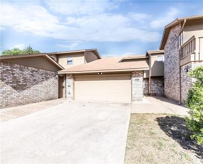 Garland Townhouse For Sale: 3106 Eastpark Drive