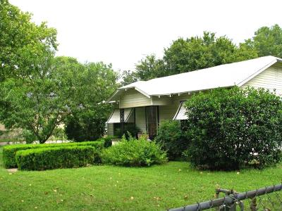 Wise County Single Family Home For Sale: 205 Hovey Street