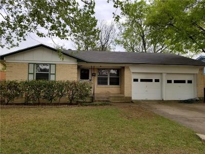Garland Single Family Home Active Option Contract: 1202 Bowie Street