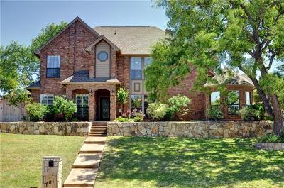 Colleyville Single Family Home For Sale: 701 Saddlebrook Drive
