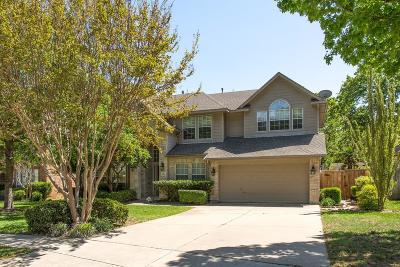Grapevine Single Family Home For Sale: 2813 Stonehurst Drive