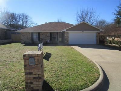 Grapevine Residential Lease For Lease: 3037 Panhandle Drive
