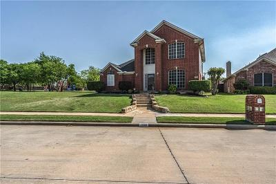 Lewisville Single Family Home For Sale: 1129 Brittany Place