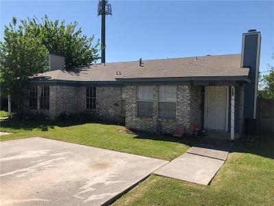 Kennedale Multi Family Home Active Option Contract: 822 Woodland Court