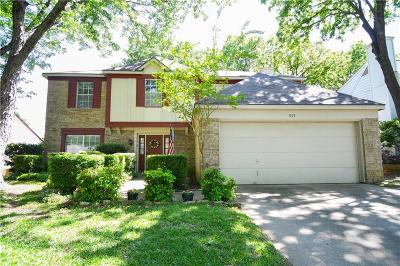 Grapevine Single Family Home For Sale: 515 Blair Meadow Drive