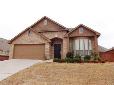 Mansfield Residential Lease For Lease: 1225 Concho Trail