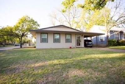 Denison Single Family Home For Sale: 1231 W Munson