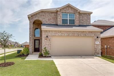 Aubrey Single Family Home For Sale: 8928 Deadwood Lane