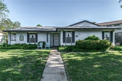 Garland Single Family Home For Sale: 609 Middle Glen Drive