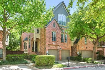 Addison Townhouse Active Option Contract: 14872 Towne Lake Circle